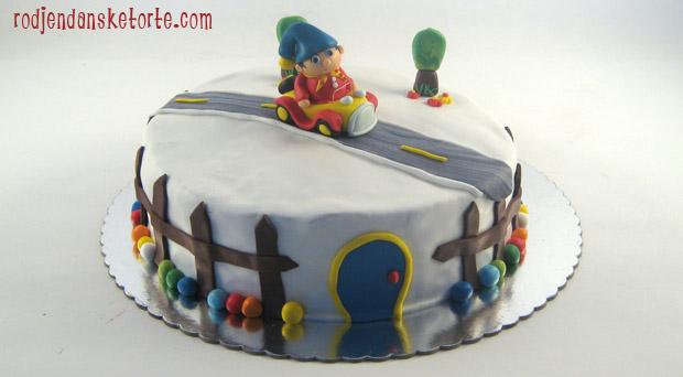 Nodi u autu na torti