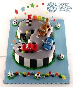 Cars torta u obliku broja