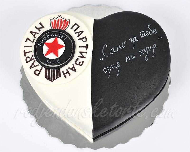 crno-bela-torta-u-obliku-srca-partizan