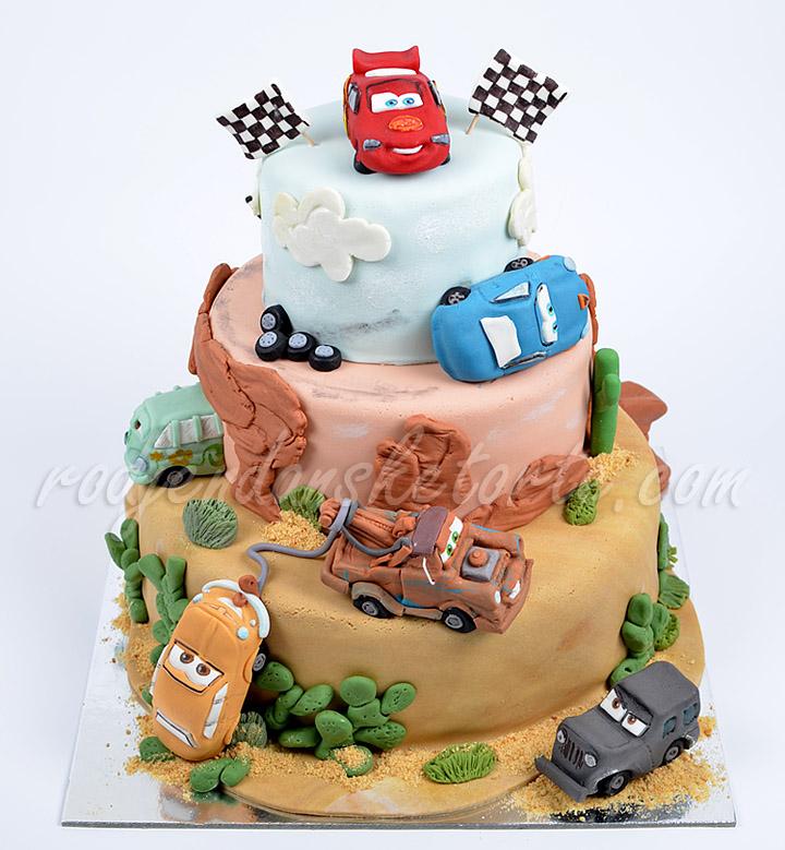 decija-torta-cars-na-sprat