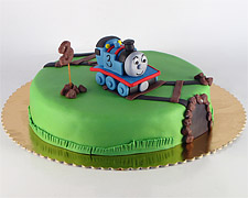 torta-sa-figuricom-tomasa-lokomotive
