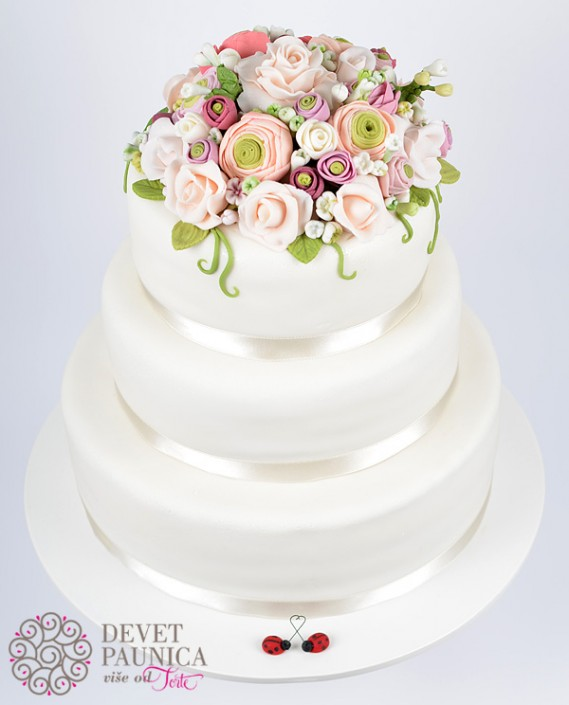 Ladybirds inlove svadbena torta