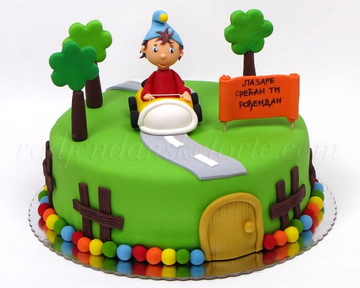 Nodi torta sa figuricom u autu