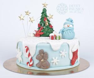 Novogodišnja torta sa jelkom i sneškom