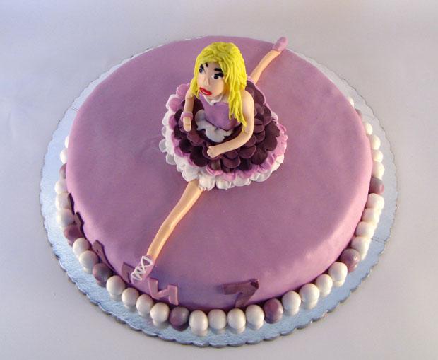 rodjendanska torta sa figuricom balerine