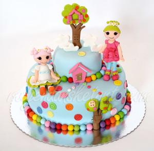 Rođendanska torta sa Lalaloopsy figuricama