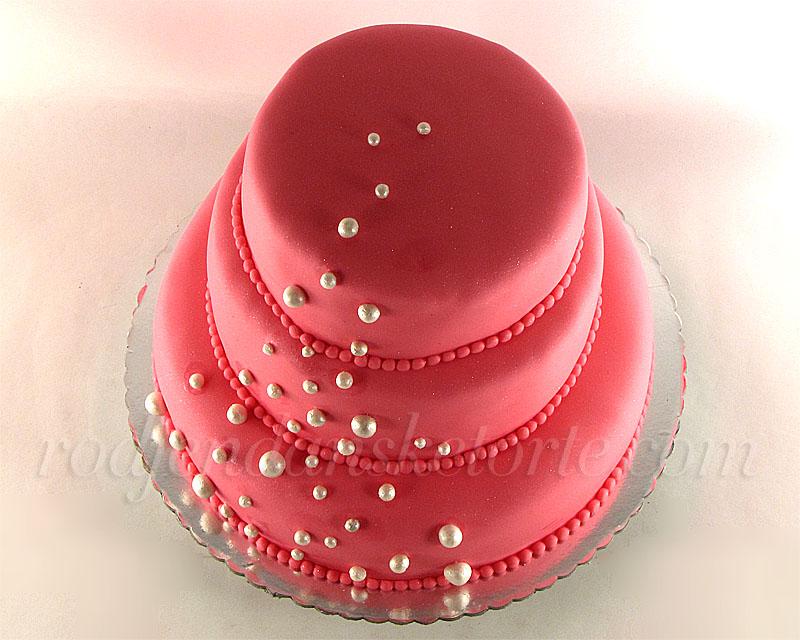 roze-svecana-torta-biseri