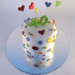 sarena torta sa tufnicama