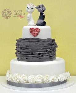 Ruffled svadbena torta - Aristocats