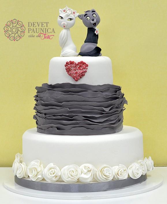 ruffled svadbena torta handmade aristocats