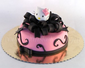 Hello Kitty sa crnom mašnom