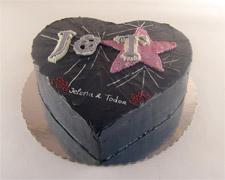 torta u obliku srca po vasoj zelji