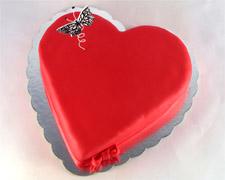 torta-u-obliku-srca-sa-leptirom