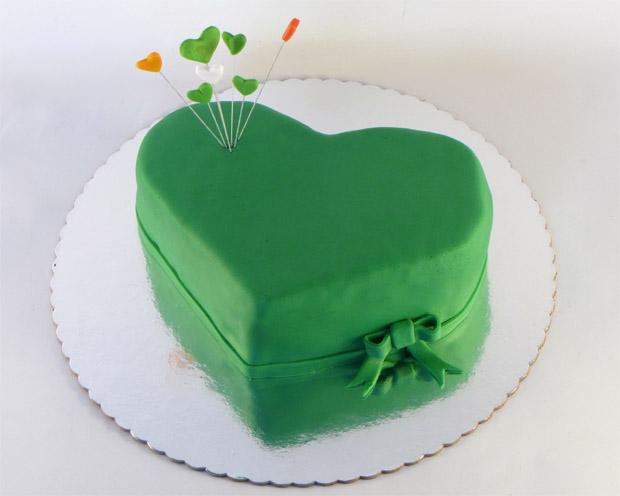 Pin Torte U Obliku Otvorene Knjige on Pinterest