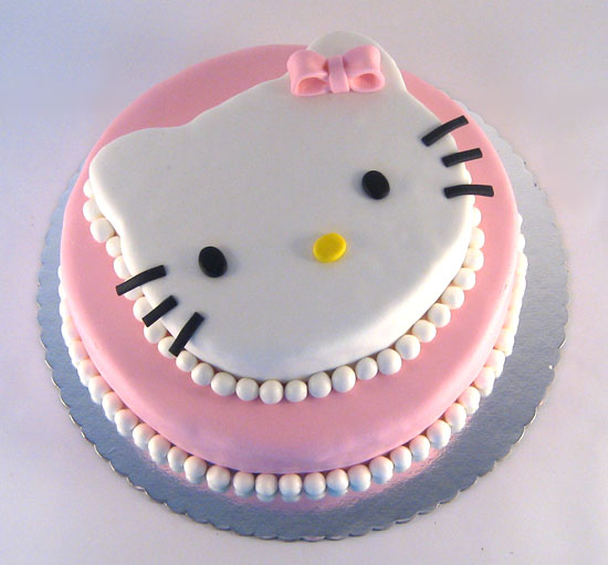 torta Hello Kitty na sprat