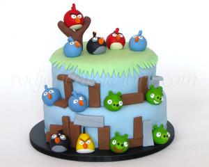 13 Angry Birds figurica - za slavljenika i njegove najbrže drugare :)
