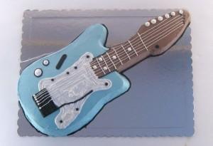 torta elektricna gitara