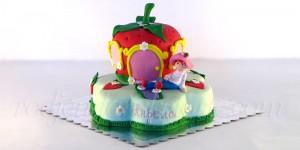 torta-jagodica-bobica-sa-kucicom