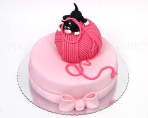 Nestašna i elegantna... prava torta za devojčice