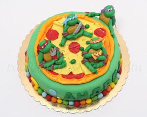 Dok smo kačili fotke shvatili smo da više nismo sigurni da li nam se jede torta ili pizza.
