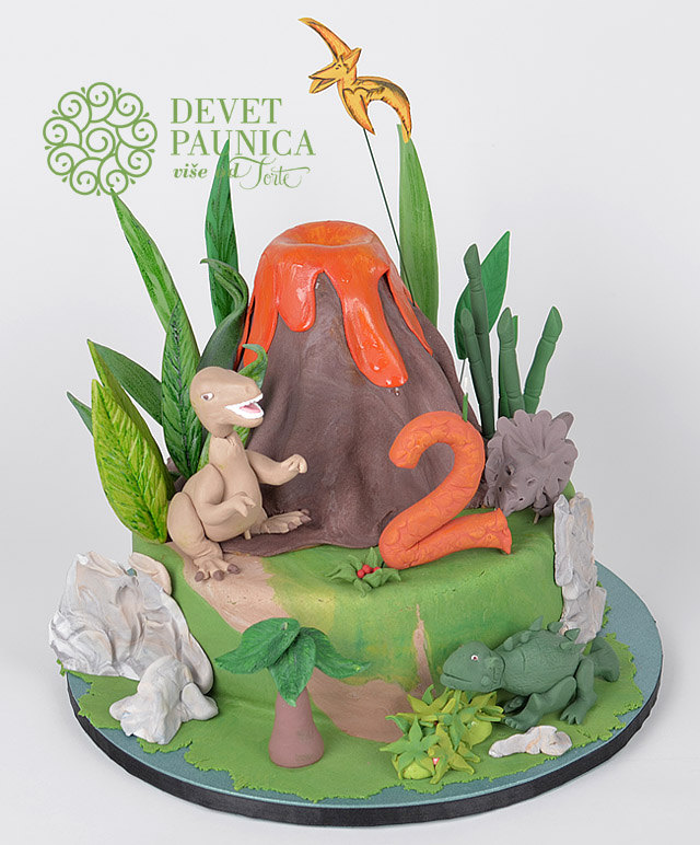 torta-sa-dinosaurusima