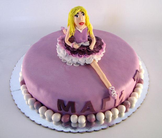torta sa figuricom balerine
