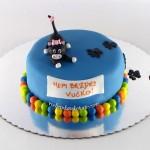 torta-sa-figuricom-mace