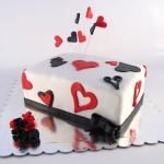 torta sa srcima i buketicem