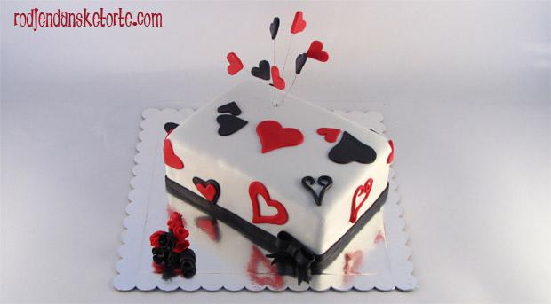 torta sa srcima kao motivom