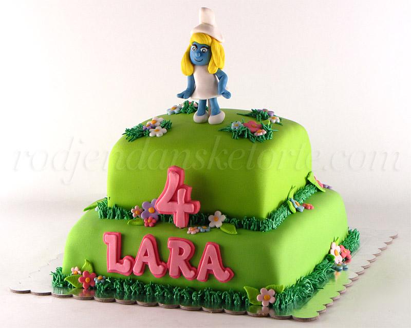 torta-strumfeta-na-sprat