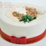 torta-tanjir-sa-humusom