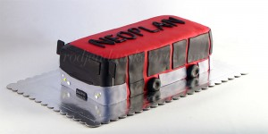 torta-u-obliku-autobusa