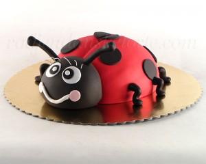 Torta u obliku bubamare