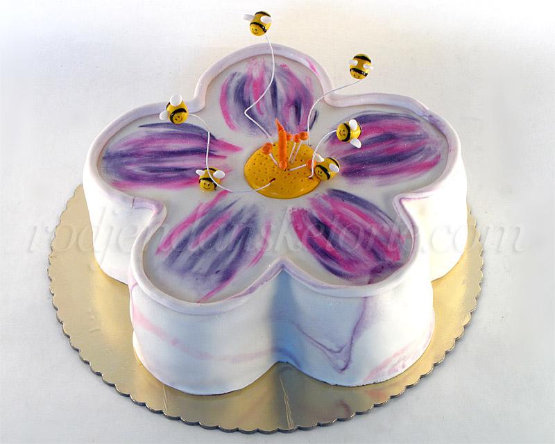 torta-u-obliku-cveta
