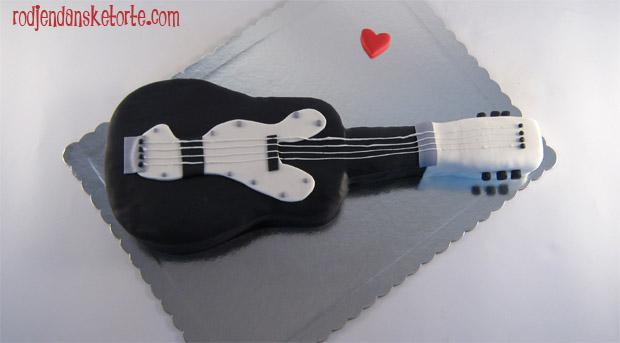 torta-u-obliku-gitare-akusticne