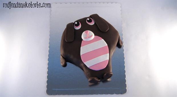 torta u obliku plisane kuce iz crtaca