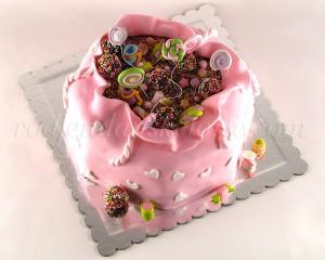 torta-u-obliku-poklona