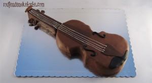 torta violina 3d