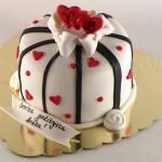 torta-za-godisnjicu-braka-sa-srcima
