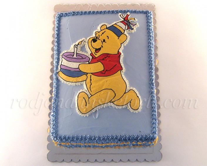Vini Pu nosi tortu